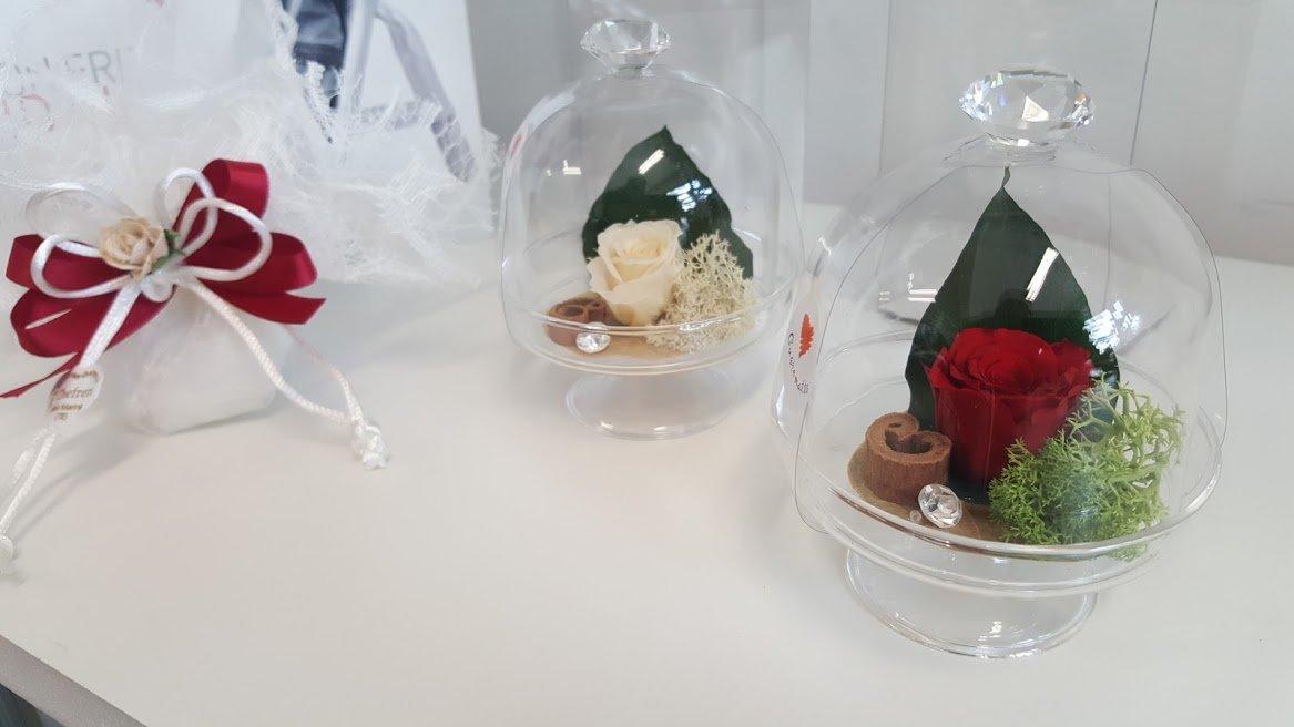 Rose stabilizzate, uno stile unico come bomboniera